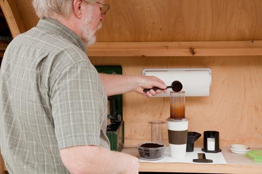Making Coffee with AeroPress-Step 5