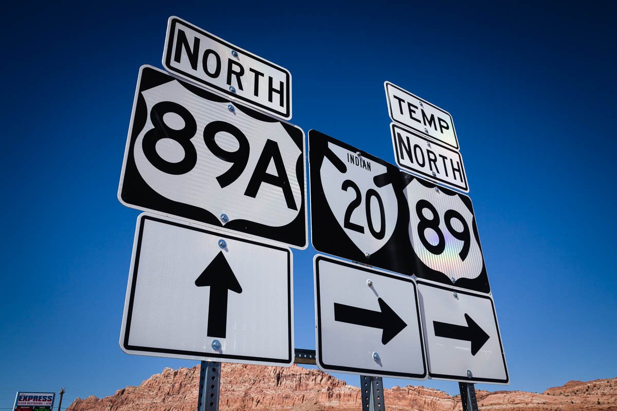 Direction Sign Or Us 89t